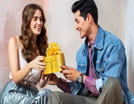 Get Upto 50-80% OFF on Valentine Gift online for Someone Special from Flipkart and Amazon