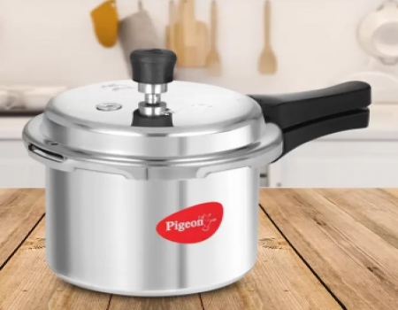 Buy Pigeon Special 3 L Pressure Cooker, Aluminium  from Flipkart just at Rs 599 only