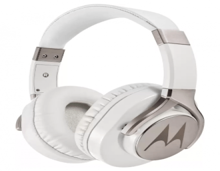 Buy Motorola Pulse Max Wired Headset With Mic at Rs 899 from Flipkart